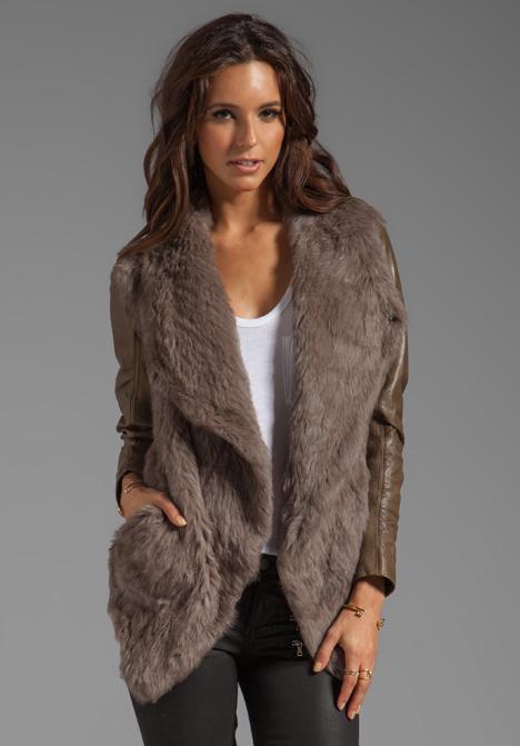 Leather sleeve fur jacket – Modern fashion jacket photo blog