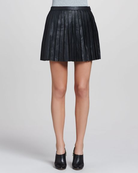 theory caon discens pleated leather skirt in black lyst