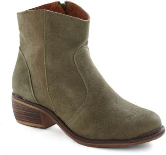 ModCloth Right At Home Boot - Lyst