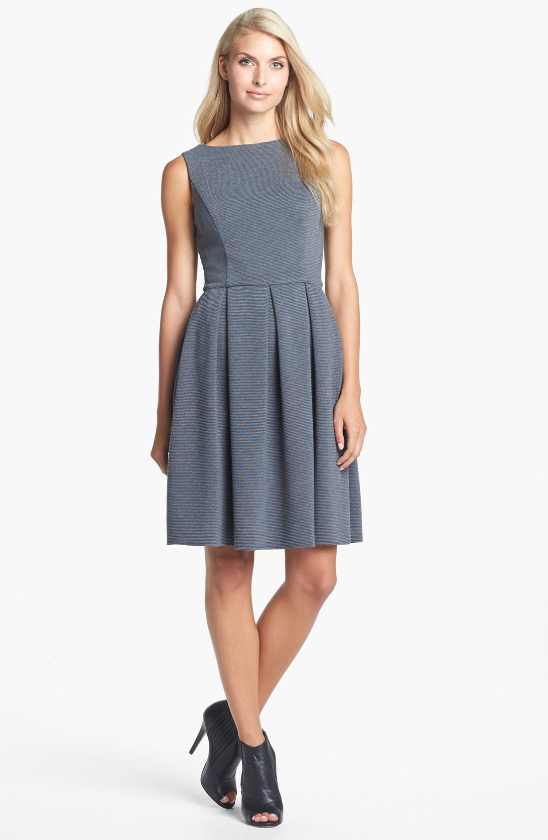 Isaac Mizrahi New York Ponte Knit Fit Flare Dress In Gray