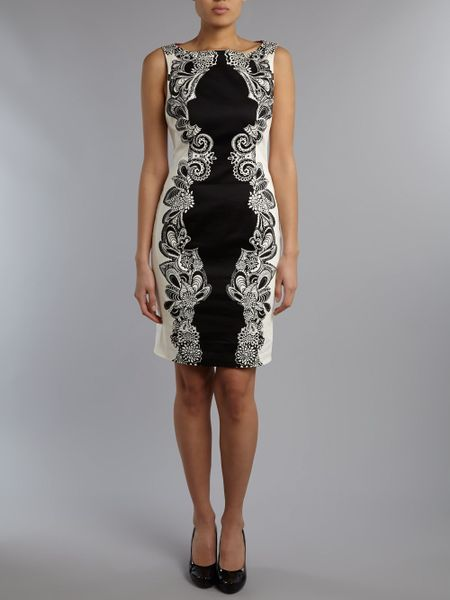 Adrianna Papell Engineered Print Shift Dress In Black