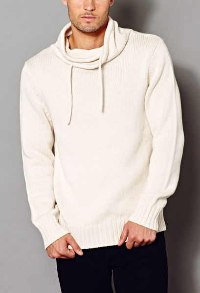 Discover the range of men's knitwear with ASOS. Choose from men's jumpers, pullovers and cardigans in a range of styles and colours. Shop now at ASOS.