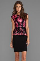 Alice + Olivia Alice Olivia Shovan Lace Detail Peplum Dress in Black - Lyst