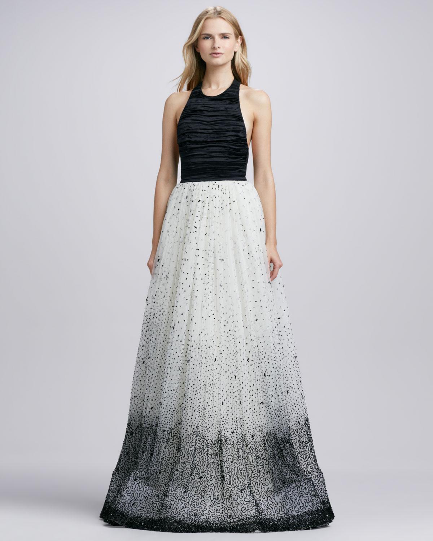 Lyst Alice Olivia Ecenia Halterstyle Gown Alice Olivia In Black