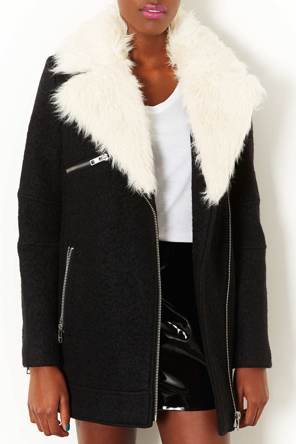 FREE Shipment to UK, USA & Canada. Jacket price starting from $, Mens Leather Biker Jacket With Fur Collar has been double stitched for extra durability. The jacket is made by hand using the finest genuine leather which will last you a lifetime.
