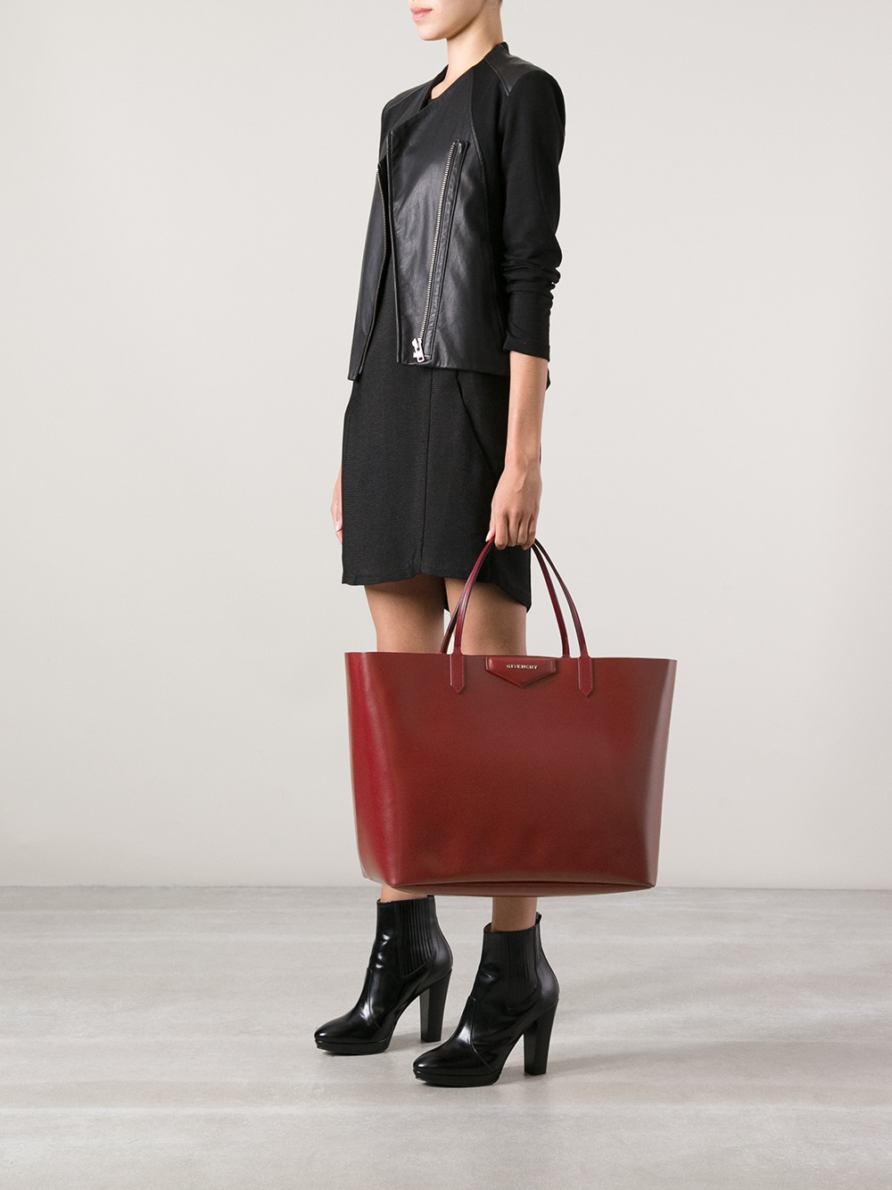 Lyst - Givenchy Antigona Large Shopping Tote in Red 2d7af6e233