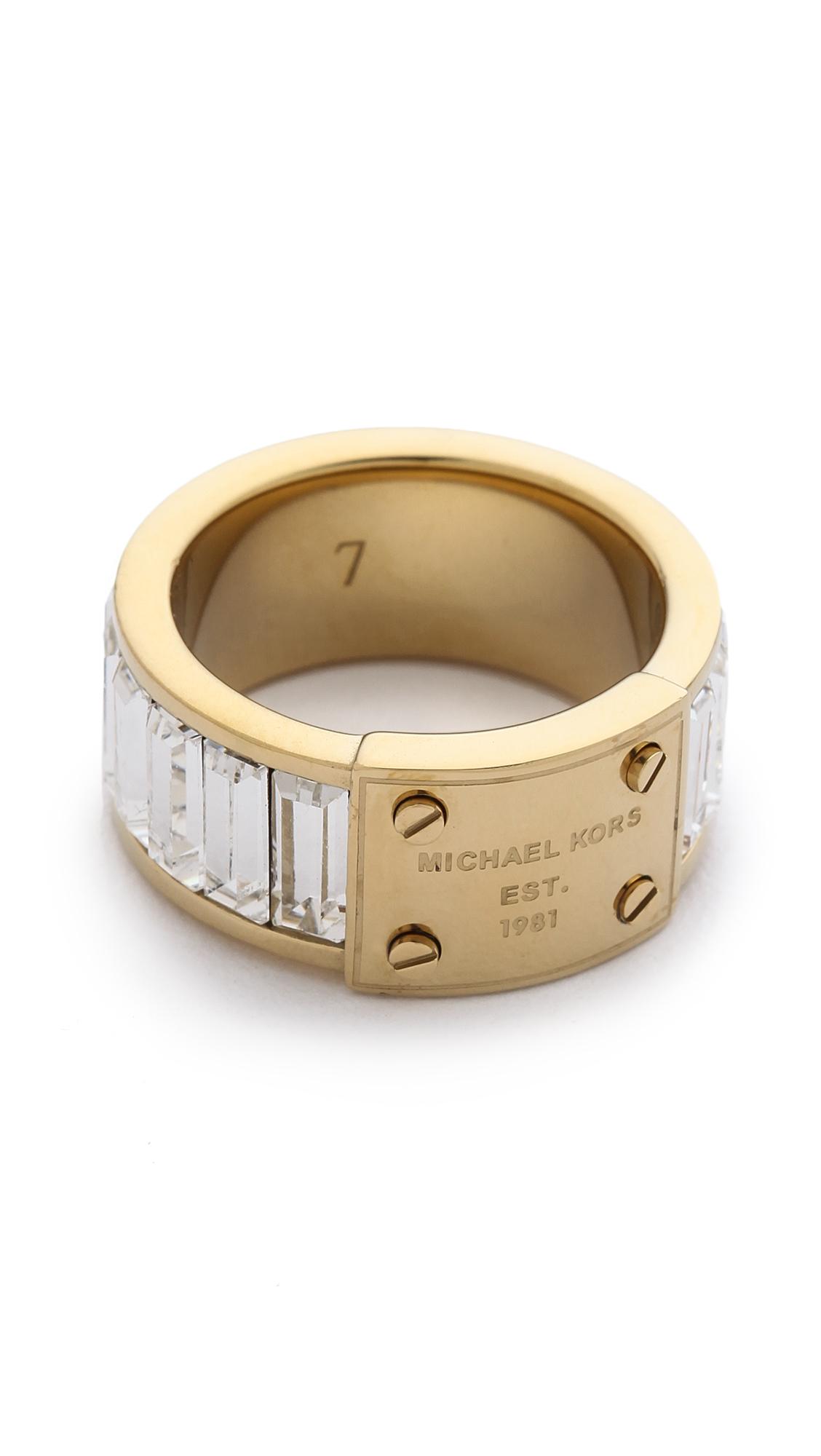 michael kors baguette plaque ring in gold gold clear lyst. Black Bedroom Furniture Sets. Home Design Ideas