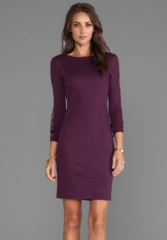 Alice + Olivia Alice Olivia Dionne Strong Shoulder Diamond Back Dress in Wine - Lyst