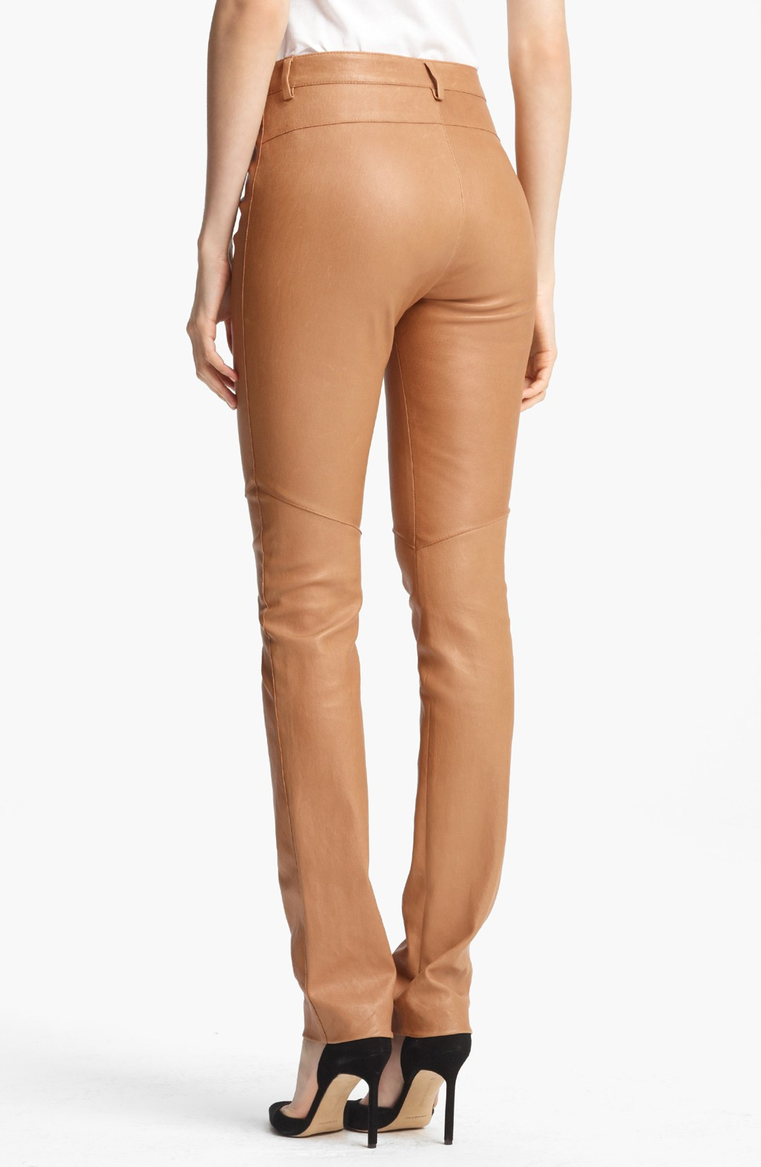 You searched for: brown leather pants! Etsy is the home to thousands of handmade, vintage, and one-of-a-kind products and gifts related to your search. No matter what you're looking for or where you are in the world, our global marketplace of sellers can help you find unique and affordable options. Let's get started!