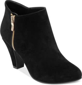 BCBGeneration Daion Shooties - Lyst