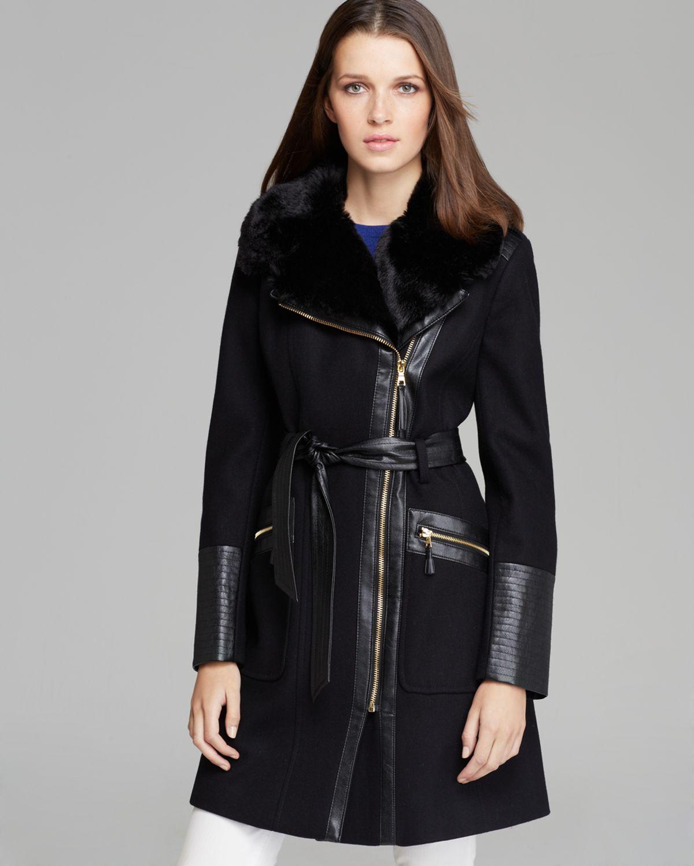 43648d3985d Via Spiga Coat - Asymmetric Zip Faux Fur Trim in Black - Lyst