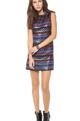 Alice + Olivia Alice Olivia Donovan Sleeve Shift Dress - Lyst