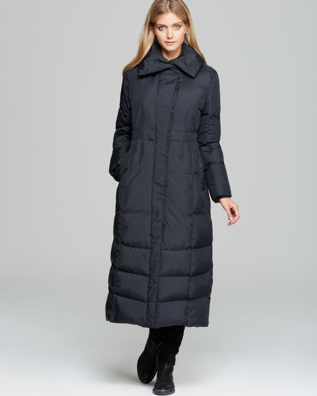 Cole Haan Coat Pillow Collar Maxi Puffer Coat In Black Lyst