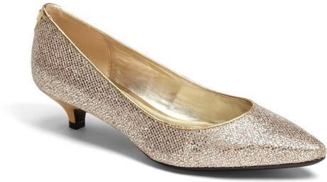 Isaac Mizrahi New York Gabriel Pump in Gold (Gold Glitter) - Lyst