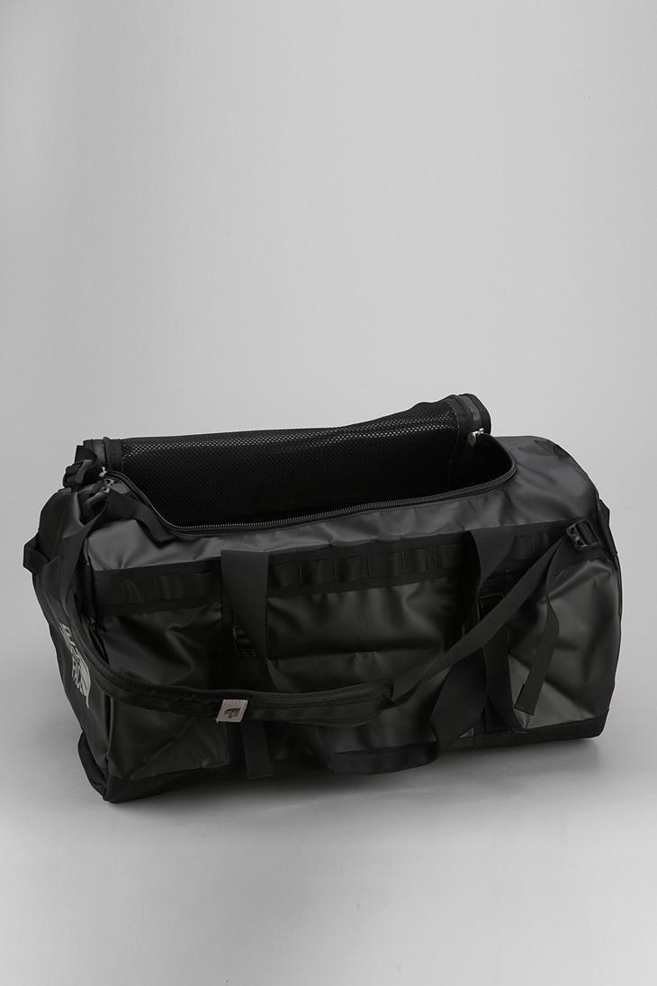 Fila Duffle Bag Urban Outfitters  27c081dd16121