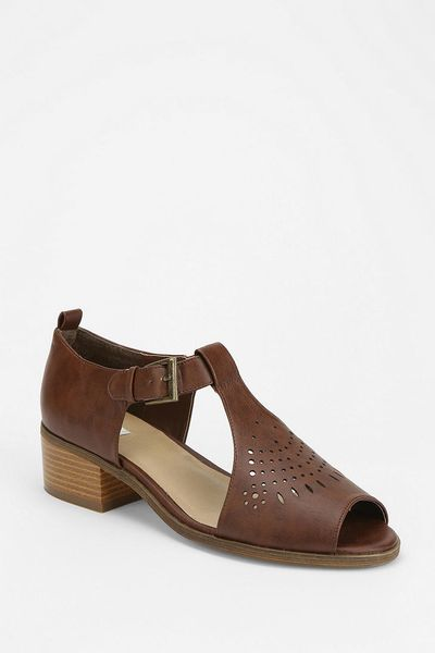 Urban outfitters cooperative cutout tstrap sandal in brown - Urban outfitters valencia ...