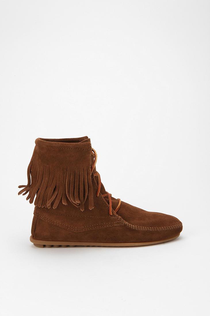 minnetonka trer ankle boot in brown lyst