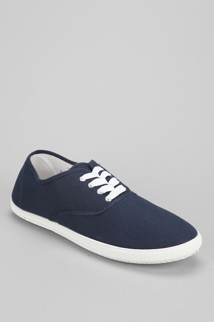 outfitters uo canvas plimsoll sneaker in blue for