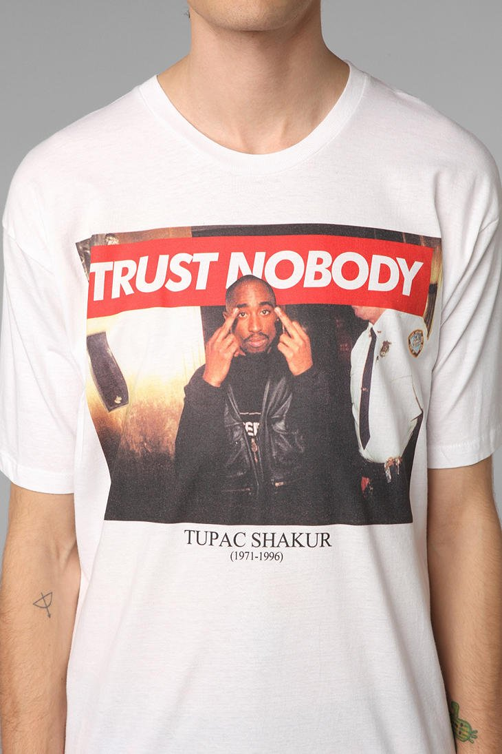 urban outfitters tupac collection