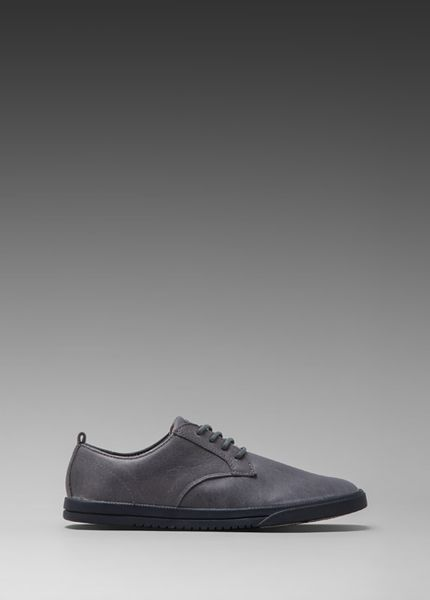Clae Ellington in Gray in Gray for Men (Pavement Leather)