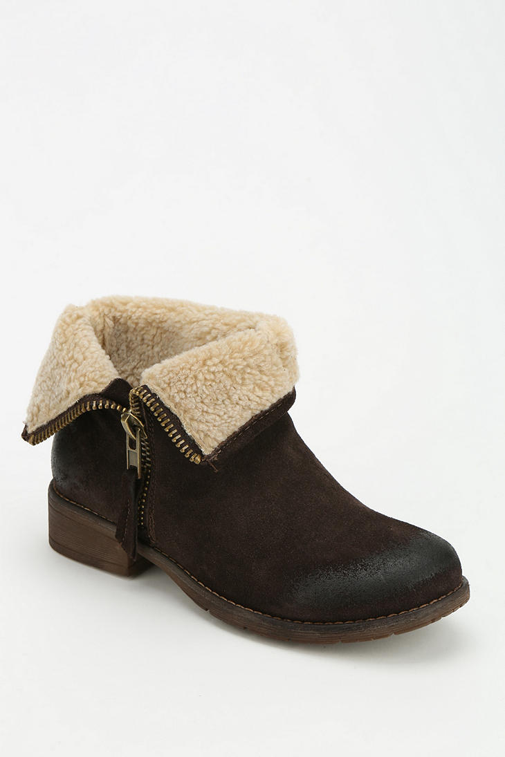 Urban outfitters Ecote Fuzzy Foldover Ankle Boot in Brown | Lyst