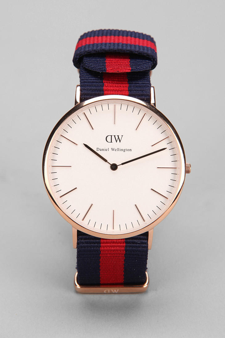 Daniel Wellington Oxford Watch in Red for Men (GOLD)