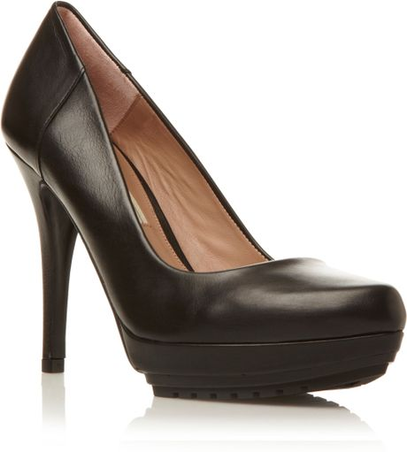 Pied A Terre Ardonp Cleated Sole Court Shoes In Black