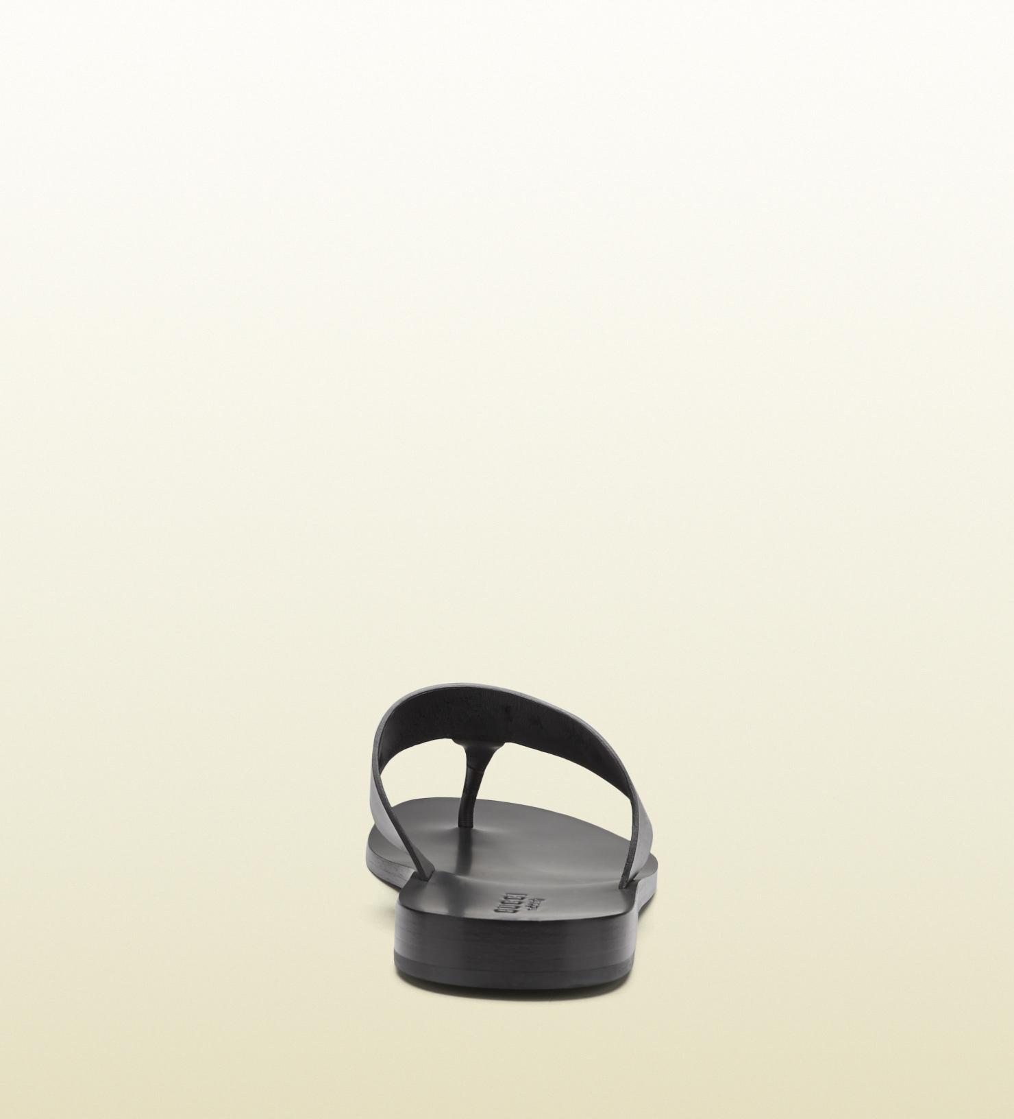 dbf612c35fe4 Lyst - Gucci Leather Horsebit Thong Sandal in Black