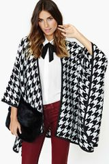 Nasty Gal High Drama Houndstooth Cape - Lyst