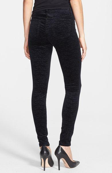 J Brand Patterned Velvet Skinny Jeans in Black   Lyst