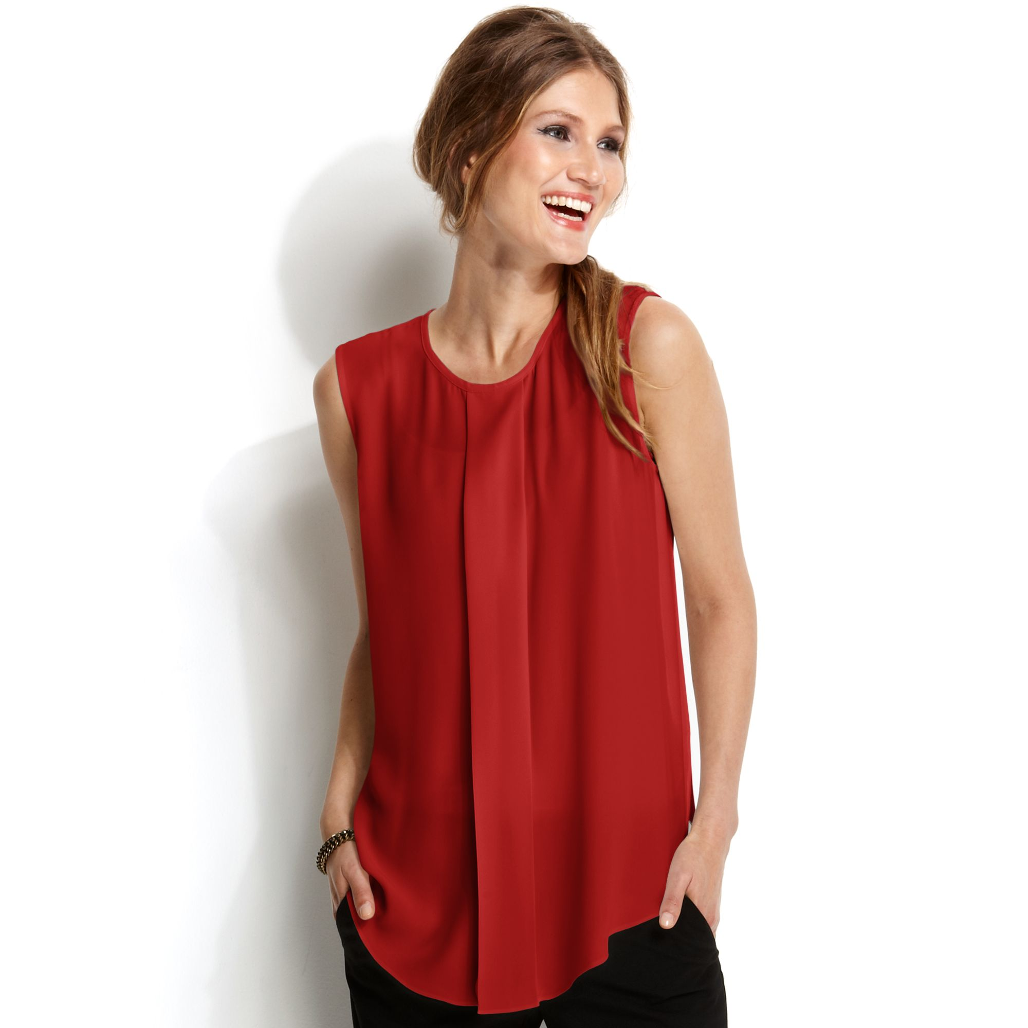 Sleeveless Pleated Blouse 67