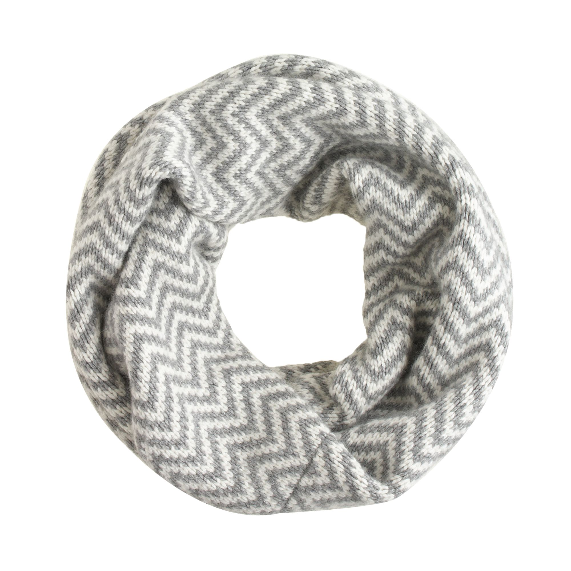 chevron infinity scarf in gray white carbon lyst. Black Bedroom Furniture Sets. Home Design Ideas