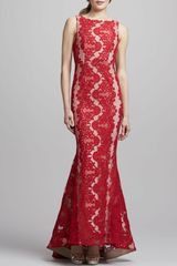 Alice + Olivia Jae Open-back Lace Gown Red - Lyst