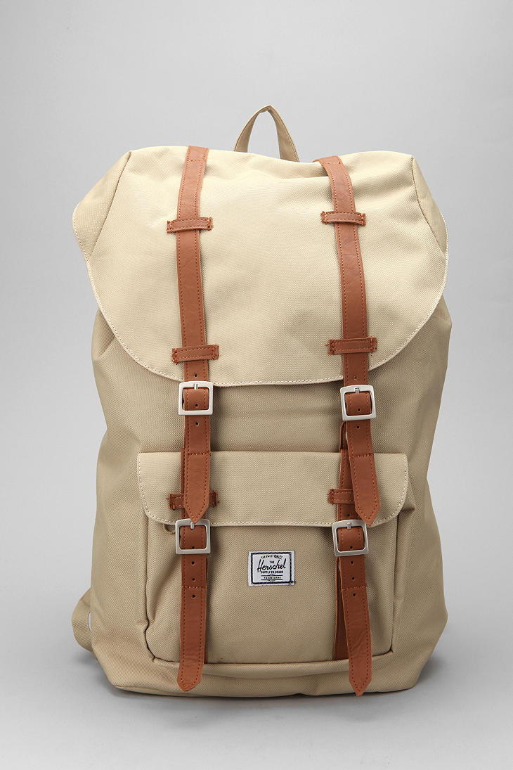 16d1e61fc67 Gallery. Previously sold at  Urban Outfitters · Women s Herschel Little  America ...