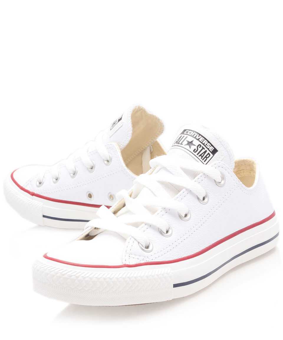 converse white chuck taylor leather low trainers in white. Black Bedroom Furniture Sets. Home Design Ideas