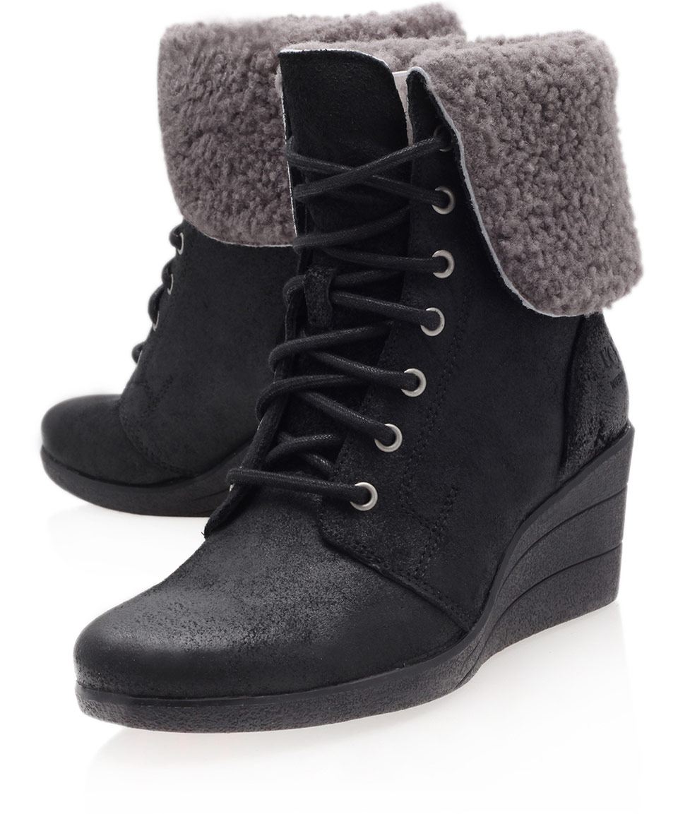 Lyst Ugg Black Zea Suede Ankle Boots In Black