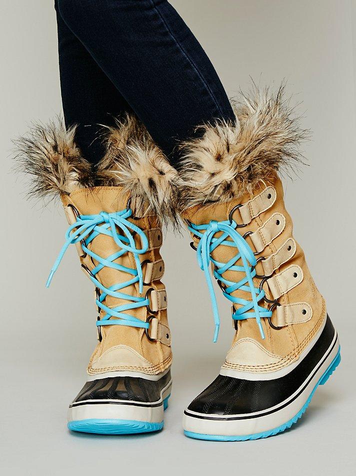 sorel joan of arctic boot in natural lyst. Black Bedroom Furniture Sets. Home Design Ideas