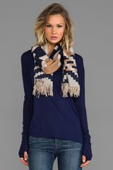 Pendleton, The Portland Collection Fringed Scarf in Navy - Lyst
