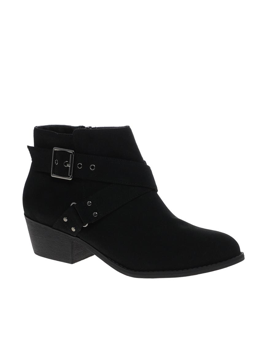 macpherson new look chancery buckle heeled black