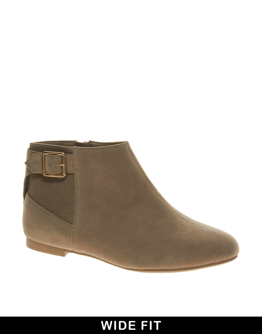 aldo new look wide fit flat boots in brown