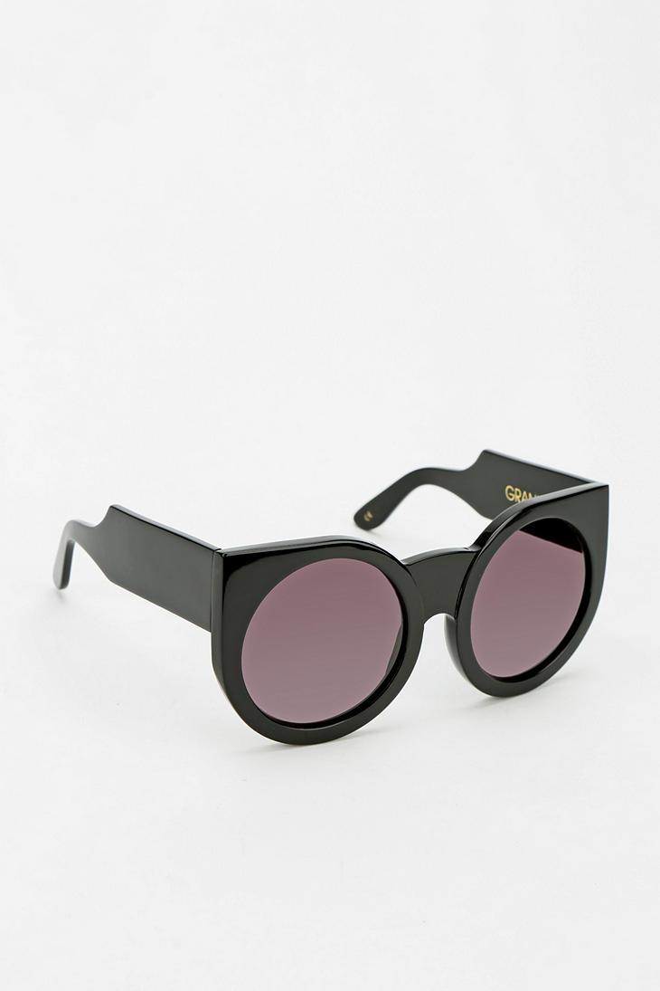 ba8abd0bb37 Lyst - Wildfox Granny Sunglasses in Black