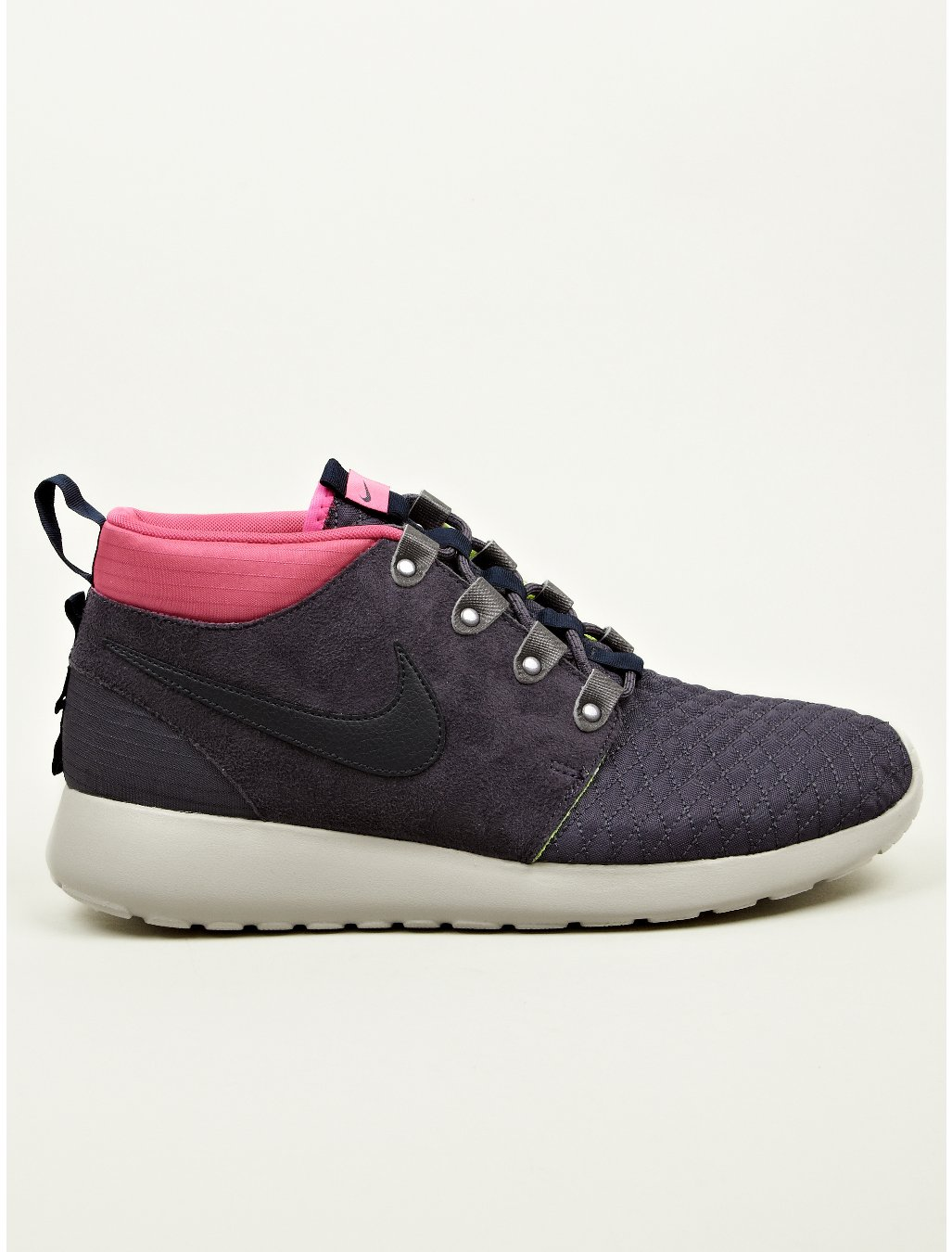 nike mens navy blue roshe run sneakerboots in pink for men. Black Bedroom Furniture Sets. Home Design Ideas