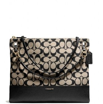Coach Madison Convertible Hippie in Printed Signature - Lyst