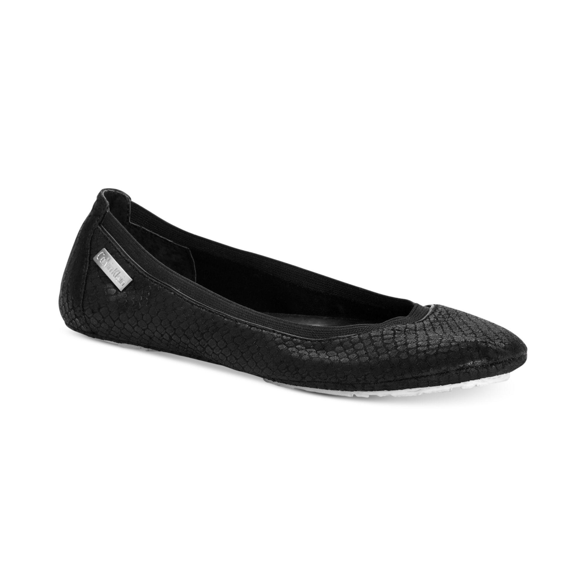 Calvin Klein Womens Maida Flats In Black (Black Embossed Snake) | Lyst