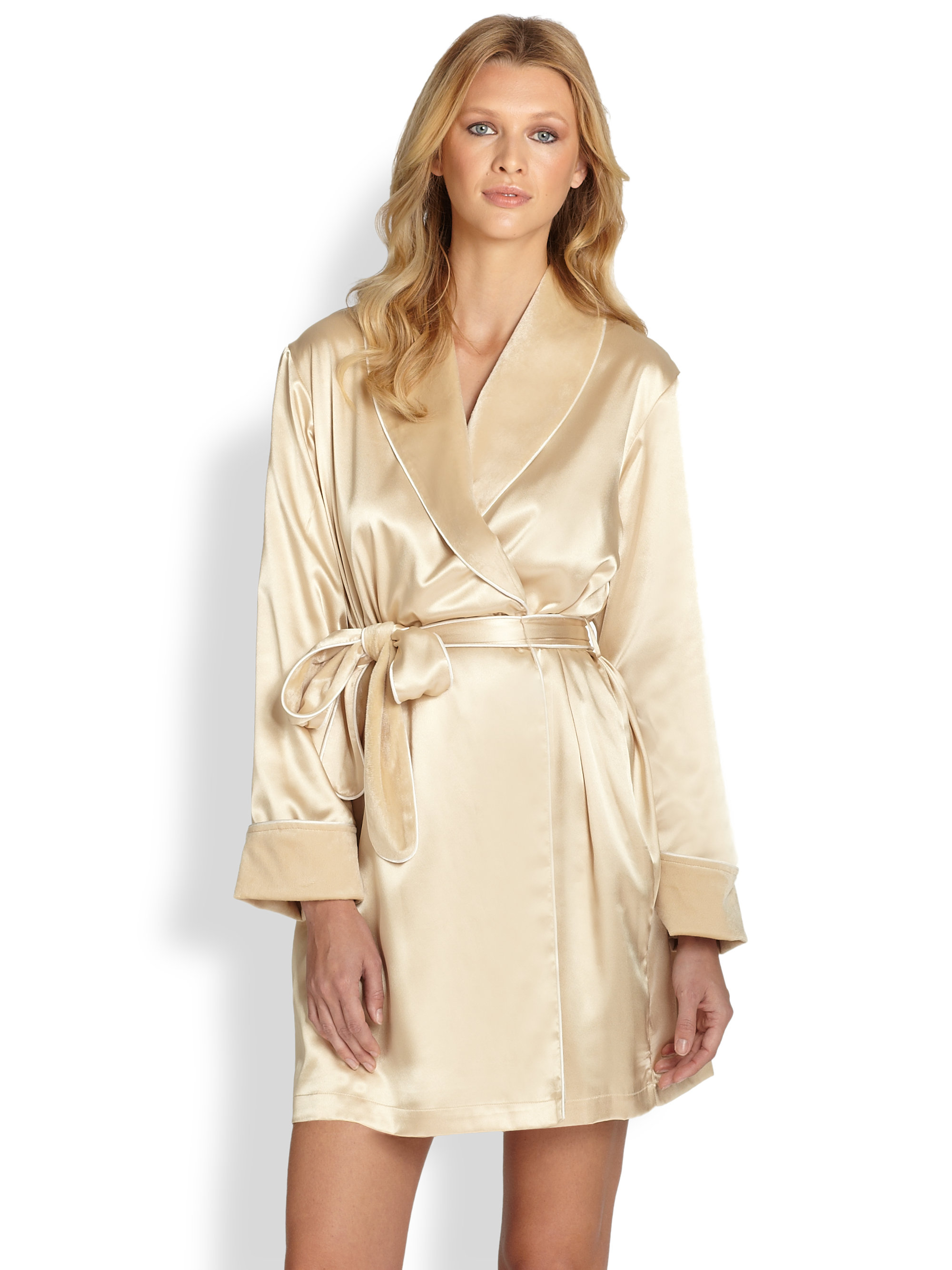 Lyst - Oscar de la Renta Faux Fur Lined Satin Robe in Metallic aa68986ec
