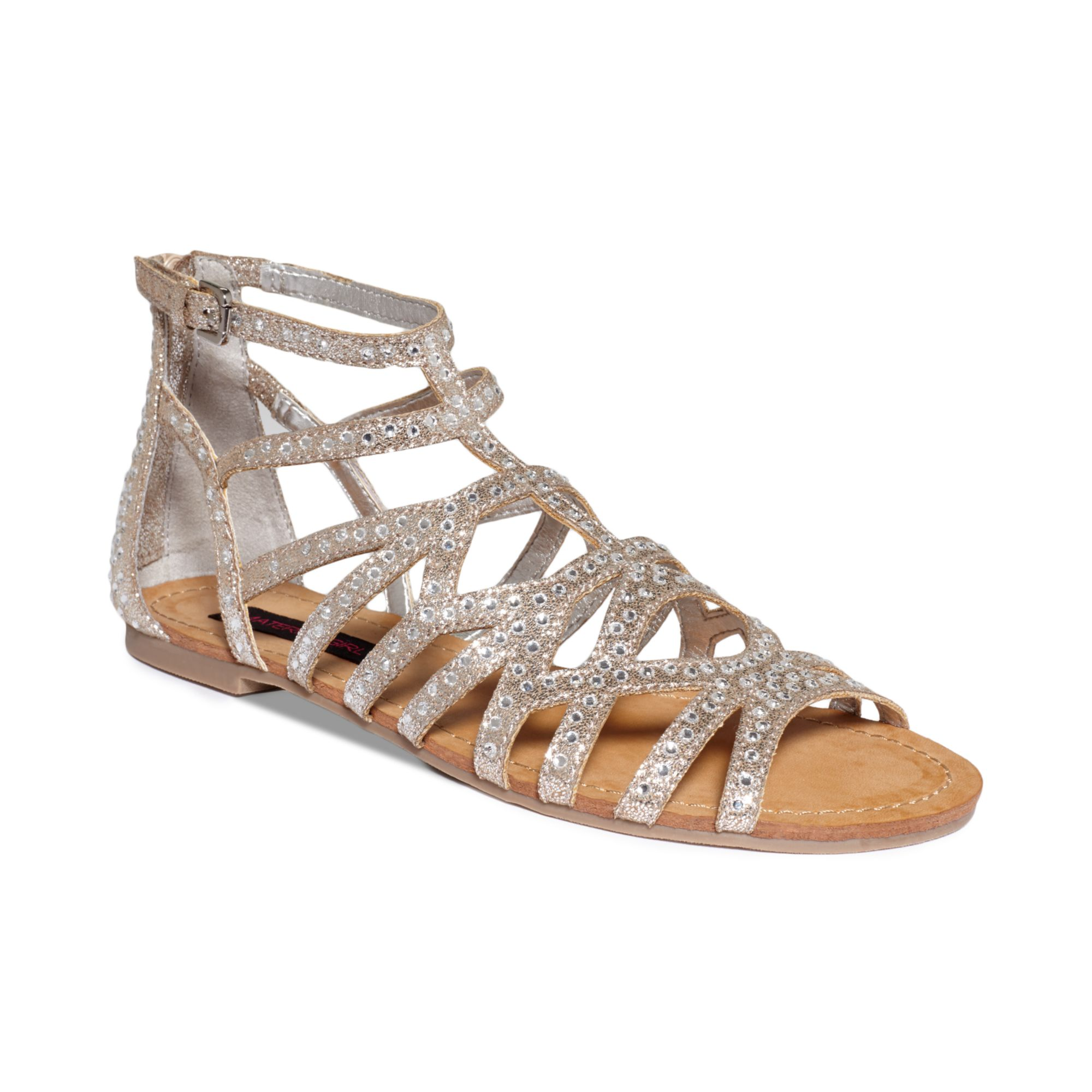 Material Girl Aries Gladiator Flat Sandals In Gray Silver