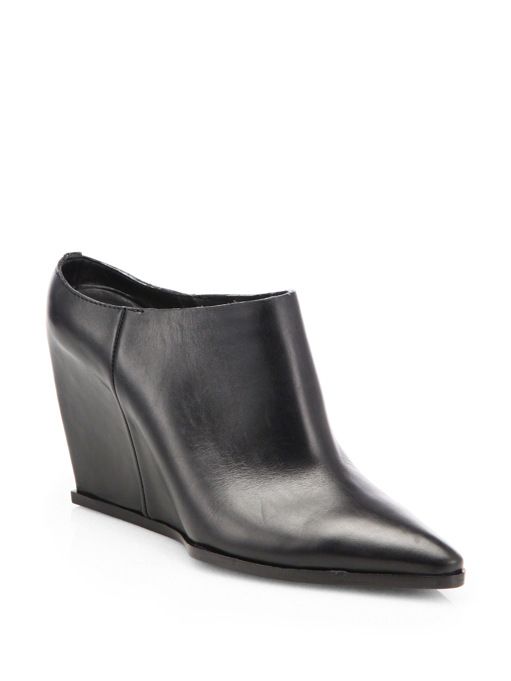 Lyst Costume National Leather Point Toe Wedge Mules In Black