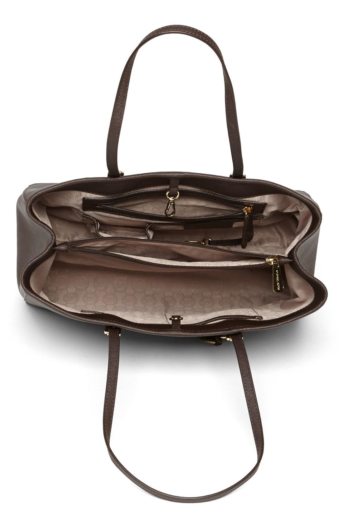 lyst michael michael kors 39 jet set large 39 travel tote. Black Bedroom Furniture Sets. Home Design Ideas