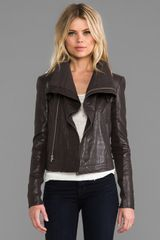 Veda Max Classic Leather Jacket In Black - Lyst