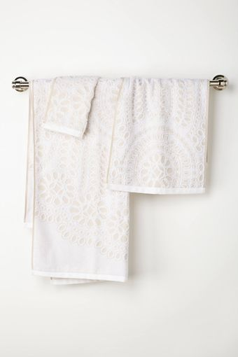 Anthropologie Lacy Cutwork Bath Towels - Lyst